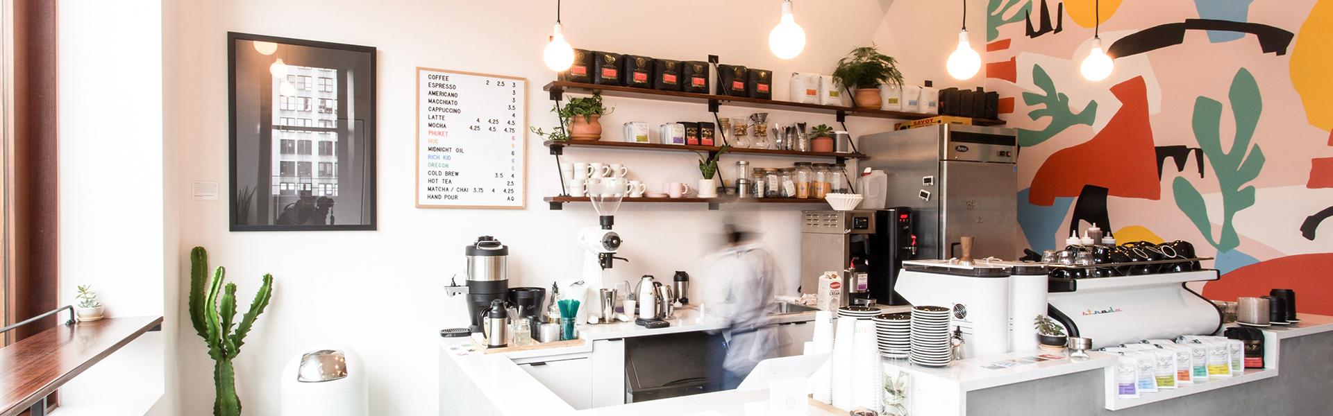 постеры в кофейне